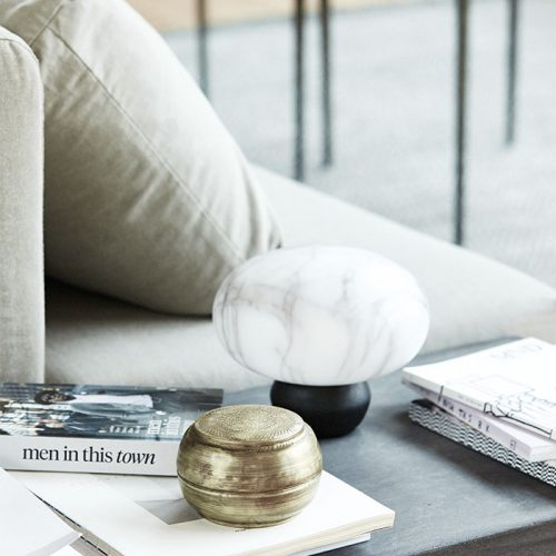 Campaign-House-Doctor-tablelamp-livingroom-sofa-1
